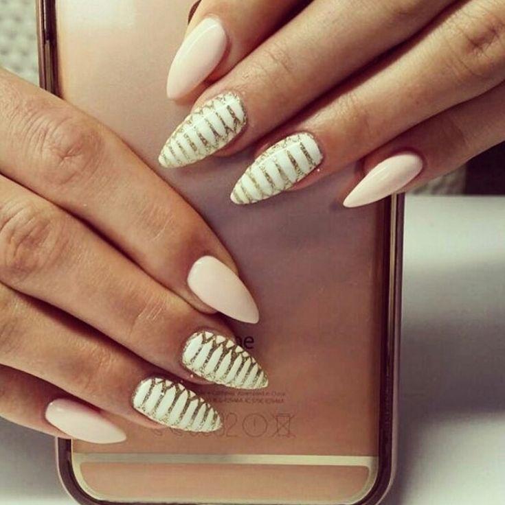 8 najgorętszych trendów na ślubne paznokcie - Ślub Na Głowie