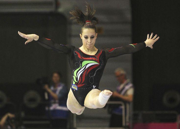 L'italiana Erika Fasana durante le qualificazioni agli Europei femminili di ginnastica artistica a Bruxelles, 10 maggio 2012.  (AP Photo/Yves Logghe)