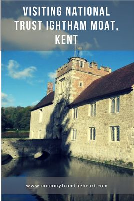 Visiting Ightham Mote, Kent in the Autumn - National trust. Great for families and adults, this moated country house is a beauty to look round come rain or shine