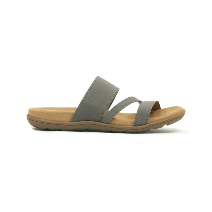 Comfortabele sandalen van Gabor,model 83.762! Deze sandalen hebben over de wreef een drietal banden waarvan 1 met elastiek zodat deze perfect aansluit. Daarnaast hebben deze sandalen een heel goed voetbed. De dames sandalen zijn helemaal van leer en hebben een rubber zool. Deze sandalen hebben het Hovercraft stempel.Dankzij de nieuwe loopzolen met luchtkussentjes wordt het lopen in modieuze Gabor schoenen nu nog aangenamer. Een zachte bekleding van luchtkussentjes dempt iedere stap perfect