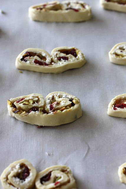Baking sheet, Pistachios and Goat cheese on Pinterest