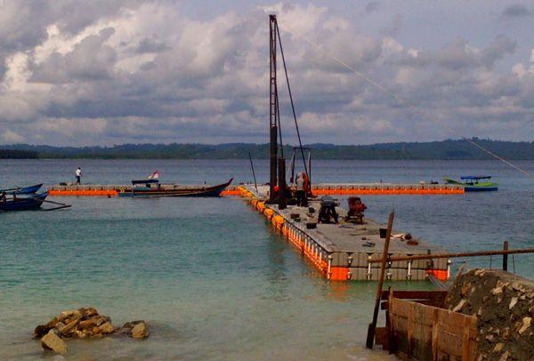Pembangunan Dermaga Apung Simeulu Telah Rampung 90 Persen