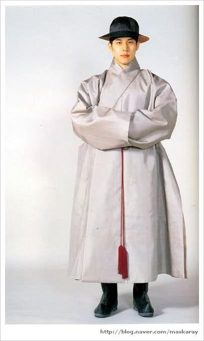 Men's Goryeo (918-1392) hanbok