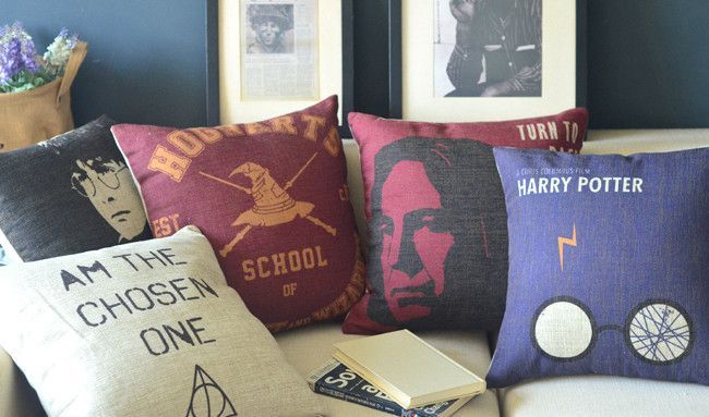 Harry Potter pillow cover, Justice League movie Harry Potter Hogwarts cartoon throw pillow case pillowcase wholesale