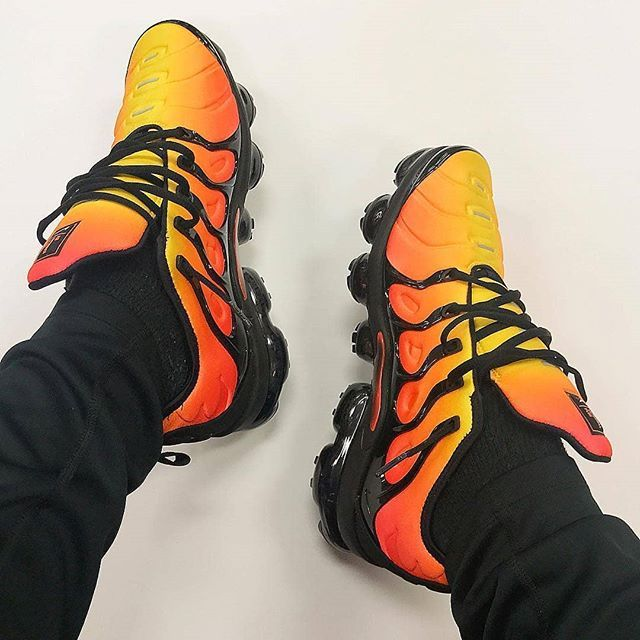 2e3863806e A new breed of tiger The Air VaporMax Plus updates the Tuned terror with a  fully exposed VaporMax sole unit. : @iloveswoosh via SNEAKER FREAKER  MAGAZINE ...