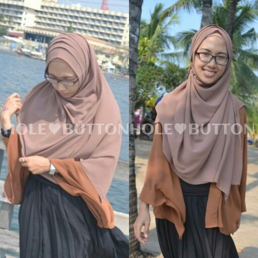 Hijab Street AMEERA KHIMAR INSTAN by BUTTONHOLE  www.button-hole.net Instagram @buttonhole_  Very comfort, simpe and syari...get the look...