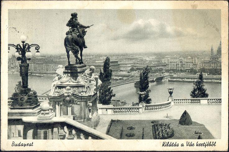 Kilátás a királyi várból egy korabeli képeslapról
