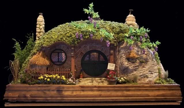 rik pierce   Hobbit House
