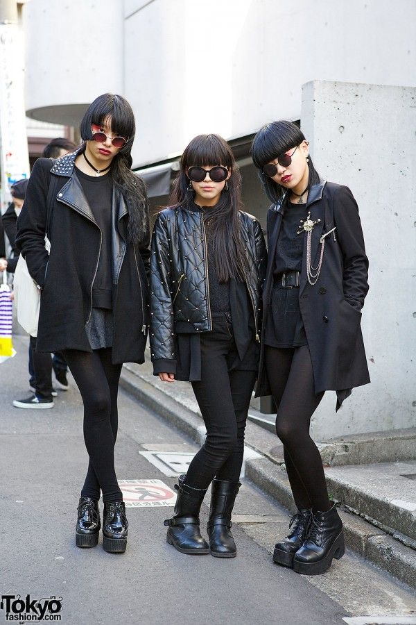 Japanese goth / street fashion / super cuties!