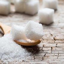 2016/11/01 16:32:06 ayeah_let . 【白砂糖で便秘の悪化?!】 . 水分の補給もしている、 食物繊維も乳酸菌も 摂るようにしている! . なのに、、、 便秘が治らない! . もしかしたらその原因は 甘いものの摂り過ぎかもしれません⚡️ . お菓子や菓子パンなどに 含まれる栄養素はほどんどが 炭水化物・タンパク質・糖分🍰 . 栄養価が偏るうえ、 腸の悪玉菌を元気にしてしまう成分が たくさんです🌀 . これから、3回にわたって、 ------------------------------------- 《 その1 》甘いものと便秘の関係 《 その2 》甘いものを食べ過ぎたら... 《 その3 》便秘以外の砂糖の弊害  便秘に優しい糖分 ------------------------------------- をご紹介します!!! . 更新するのを楽しみに していてくださいね☺️💕 . =============================== . 《 その1 》甘いものと便秘の関係 . チョコレートや飴などの 甘いお菓子が好き、…