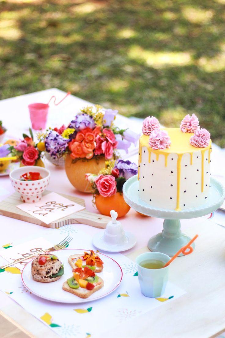 picnic no parque decoração com flores e frutas blog do math brasilia
