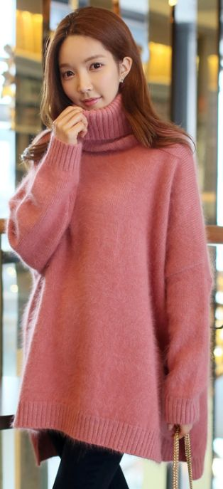 StyleOnme_Side Slit Turtleneck Angora Knit Sweater #pink #sweater #oversized #loosefit #koreanfashion #seoul #dailylook #kstyle #cute #girlish #feminine #sweet #winterfashion
