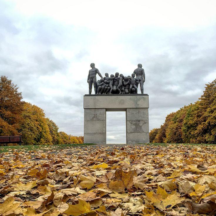 Vigelands Parken, Oslo Norway. Autumn nude statue