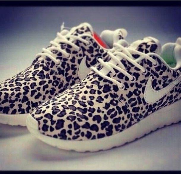gold jaguar print nike tennis shoes for girls