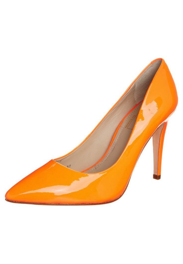 Mario Giordano - Hoge hakken - Oranje