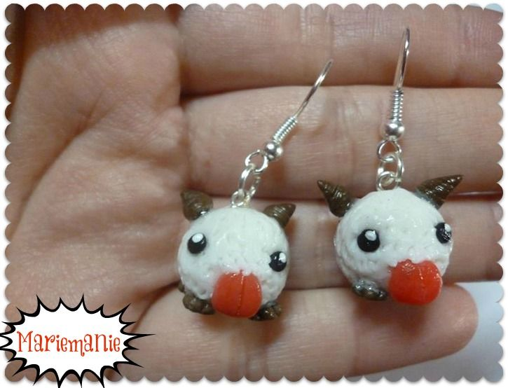 Poro earrings