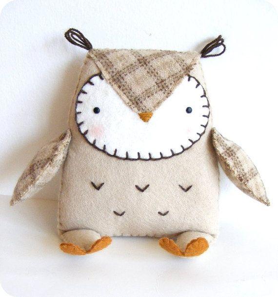 PDF pattern - Felt owl softie. DIY easy sewing pattern