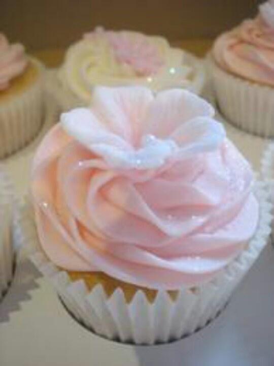 PinkSugarCupcakesis amazing.