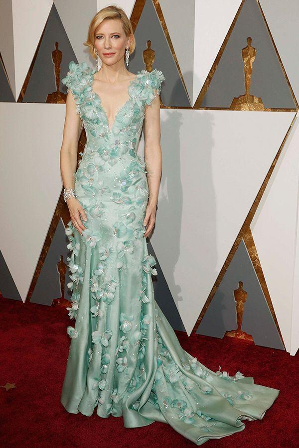 第88回アカデミー賞(2016)ケイト・ブランシェット 全身に咲く、パステルカラーのフラワードレスで視線を釘づけ!