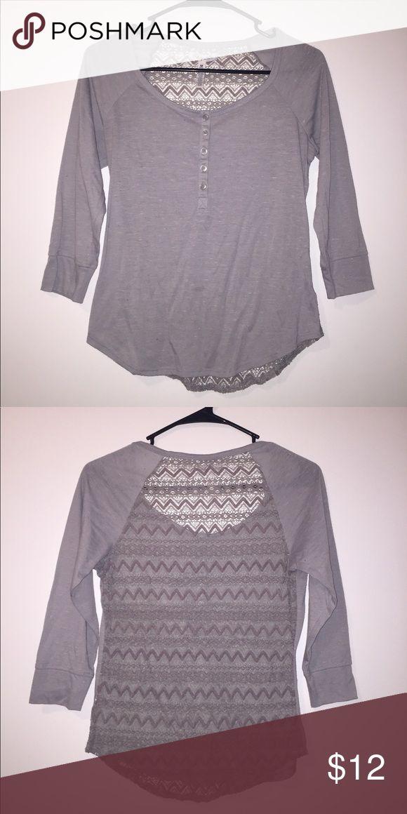 Aeropostale gray half sleeve shirt w/ lace back Aeropostale gray half sleeve shirt w/ lace back Aeropostale Tops Tees - Short Sleeve