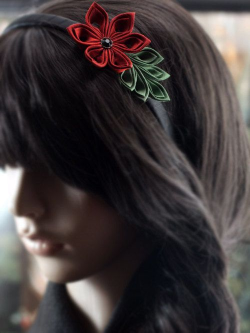 Silk Tsumami Kanzashi Flower headband in Red and Green