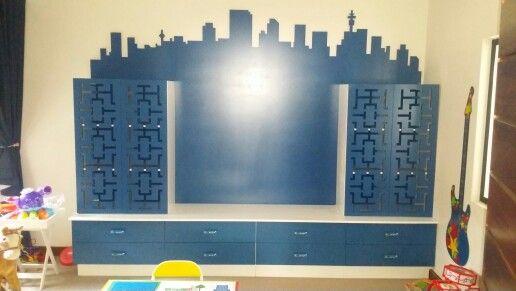 City Wall Unit