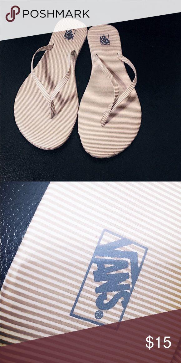 Vans slippers 100% authentic Vans slippers🌟 beige undertone. Barely used Vans Shoes Slippers