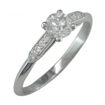 Engagement Ring with Heart Motif and Four Claws in the Edwardian Style