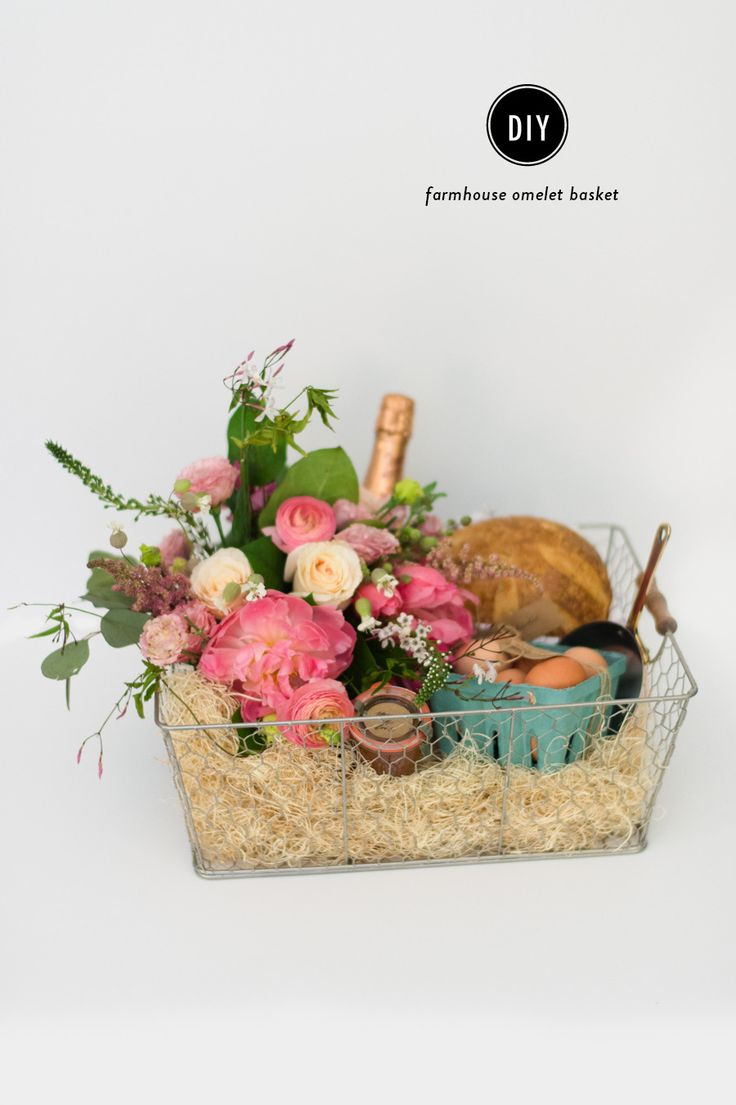 diy farmhouse omelet basket floral arrangements copper and ideas for mothers day. Black Bedroom Furniture Sets. Home Design Ideas