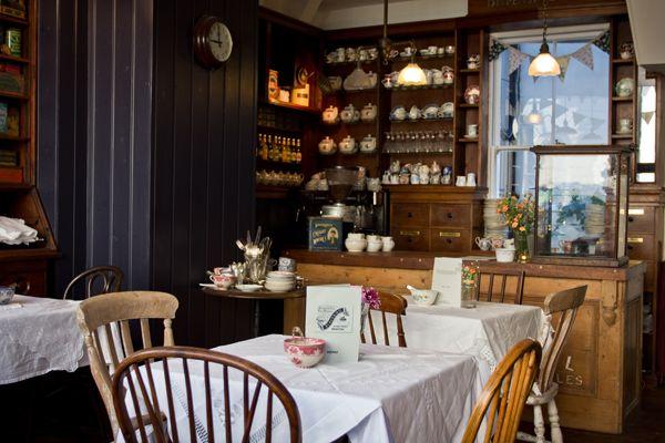 Blackbird Tea Rooms - Brighton - England