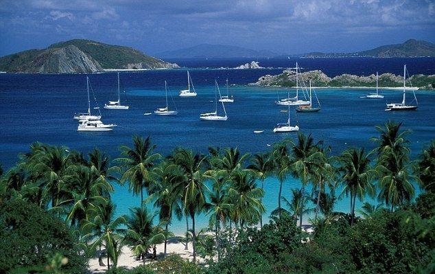 Casele si arhitectura din Christiansted, principalul port de pe Insula Saint Croix, tradeaza influenta stilului scandinav. In lipsa climei subtropicale si a palmierilor, turistul ar putea crede ca se afla intr-un orasel danez din secolul al XVIII-lea. Aceasta impresie nu surprinde, avand in vedere ca, pana in 1917, Insulele Virgine au apartinut Danemarcei. Statele Unite…