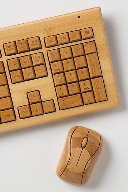A wooden keyboard / mouse combination
