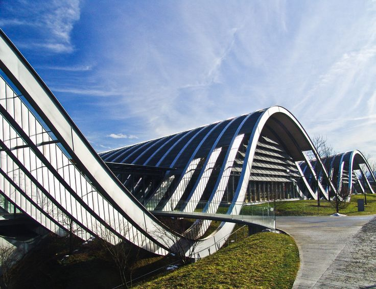 Paul Klee Zentrum in Bern (by Renzo Piano) - Serge Ferrari solar protection screen