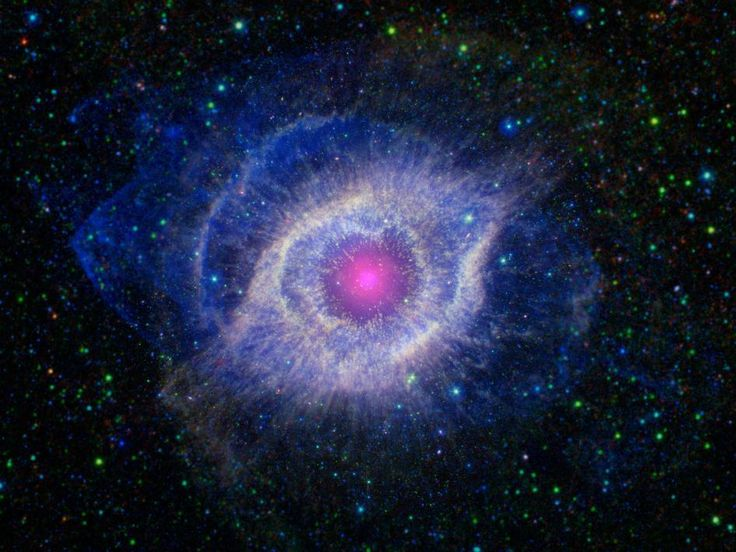 Esta es la imagen de la muerte de una estrella, captada por el telescopio 'Spitzer' de la NASA. Al fin de su vida, las estrellas expulsan al espacio sus capas gaseosas exteriores formando nebulosas como esta, conocida como nebulosa de la Hélice. Crédito: NASA