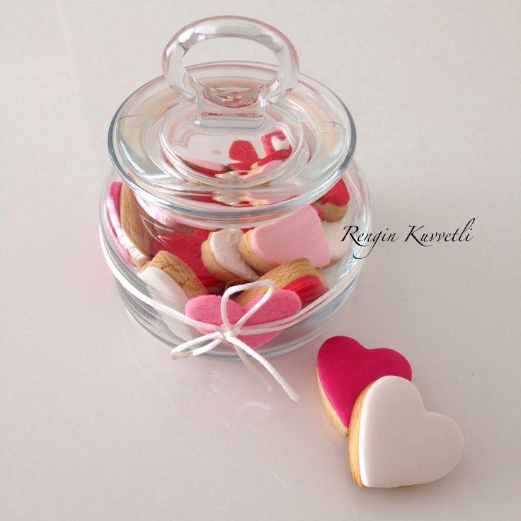 Sevgililer Günü Kurabiye Kavanozu / Valentine's Day Cookie Jar