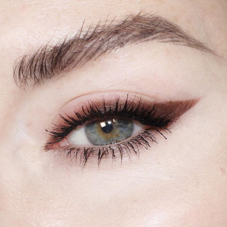"600 Likes, 9 Comments - Katie Jane Hughes (@katiejanehughes) on Instagram: ""I'm a sucker for warm browns and this @maccosmetics Satin Eye Shadow in Folie is everything and…"""
