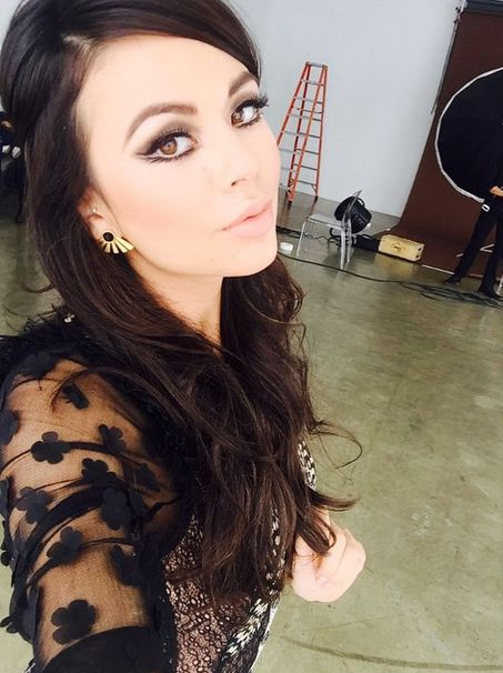 Can't wait to see the rest of this look from Janel! | Pretty Little Liars