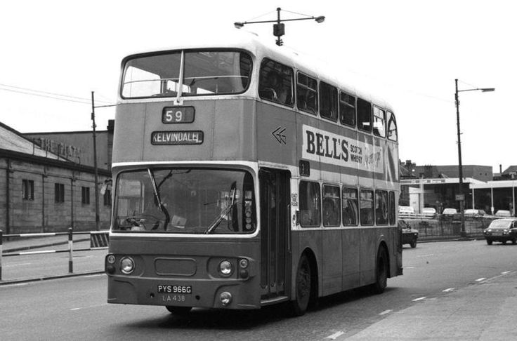 Glasgow in the 1960s, 70s & 80s - Around The City. Here's the very bus I used to catch to get to Uni every day, when they weren't on strike of course (it was the late 70s). Pre-underground reopening of course.
