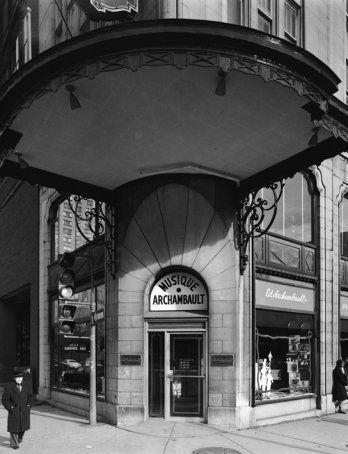 Musique Archambault, 500, rue Sainte-Catherine Est, Montréal, novembre 1979_Centre Canadien d'Architecture, Montréal_Gabor Szilasi, 2009