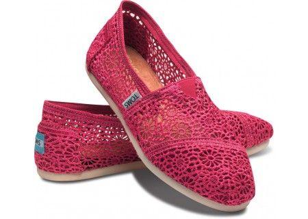 fuchsia crochet tom's. want for spring/summer!Lace Tom, Crochet Toms,  Geta, Tom Crochet, Tom Shoes, Fuchsia Crochet, Crochet Woman, Pink,  Patten