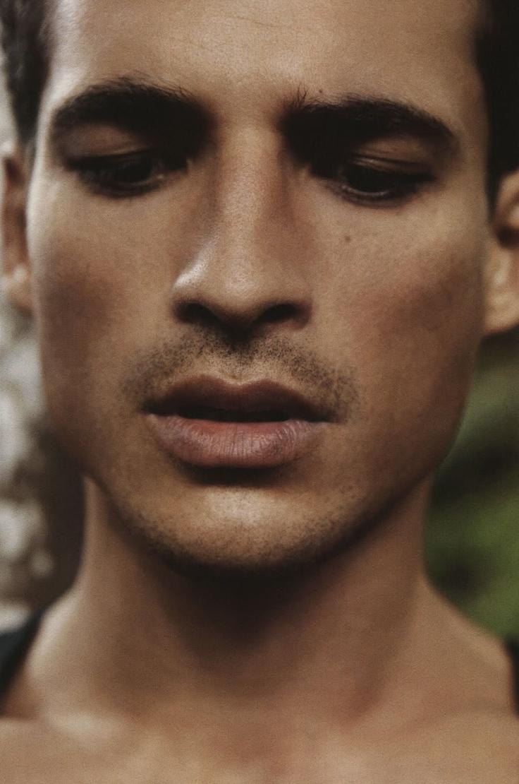 jean carlos santos: A Mini-Saia Jeans, Boys 1No, Husband Materials, Jeans Carlo, Fashion Editorial, Carlo Santo, Hot Men, Attraction Guys, Perfect Face
