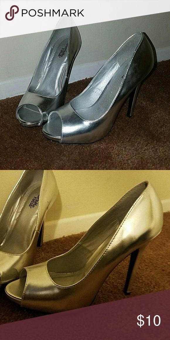 Charlotte Russe Peep Toe Pumps Silver Peep Toe Pumps, never worn Charlotte Russe Shoes Heels