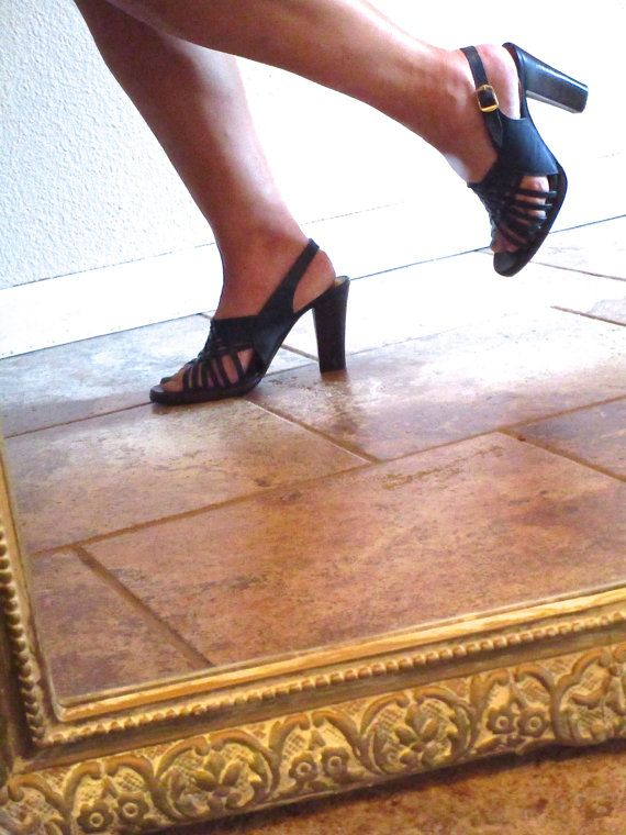 Navy Blue Dress Sandal for Work during the Week, and for a Wedding on the Weekends! An Upscale Huarache for some Mod Boho Sophistication.  ✦