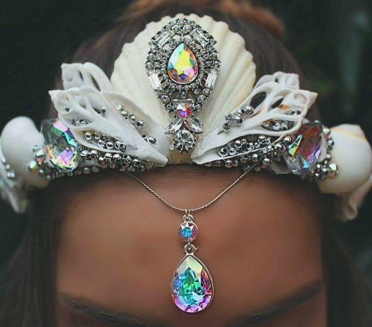 corona de sirena blanca