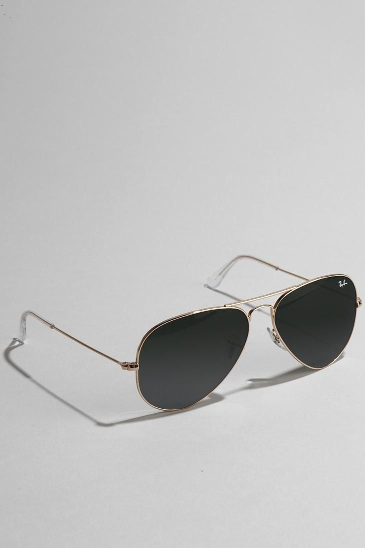 cant go wrong the ray ban original aviator sunglasses urbanoutfitters