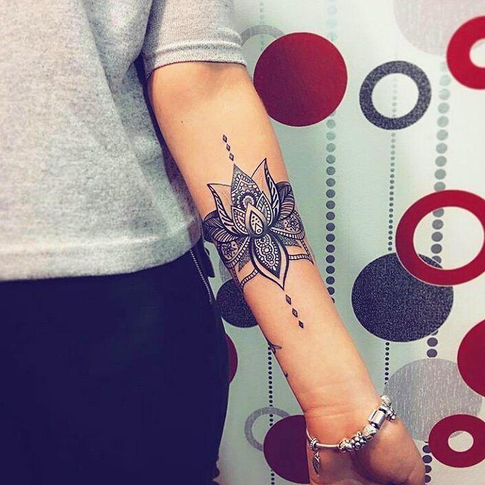 I love this tattoo !