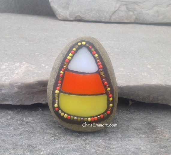 Small Candy Corn Mosaic (B) Paperweight / Garden Stone