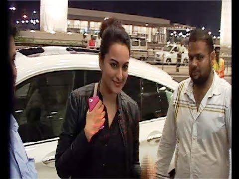 Sonakshi Sinha at Mumbai Airport leaving for IIFA Awards 2014.
