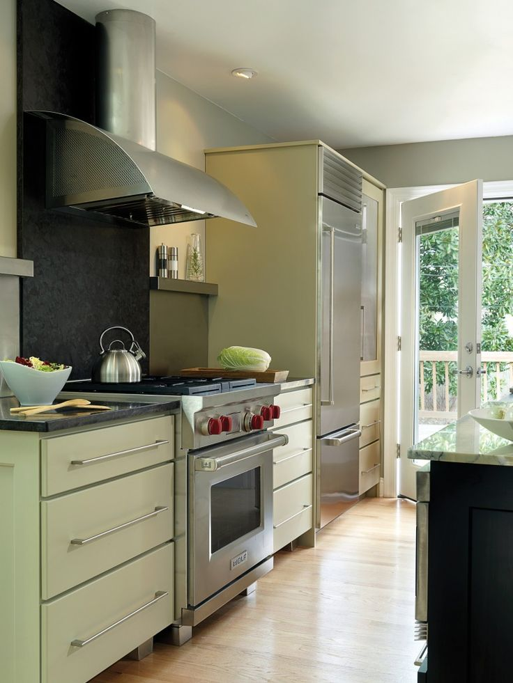 Nkba award winning transitional kitchen design for two for Award winning small kitchen designs