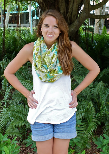 cute summer scarf and outfit